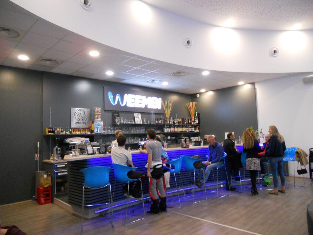 Weembi Lesquin bar