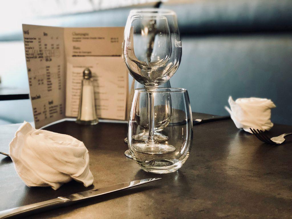 saint-quentin-restaurant-chez-jean-table