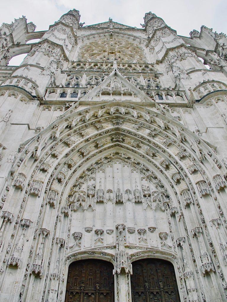 Beauvais-cathedrale-saint-pierre-facade-portail-sud-vue-ensemble