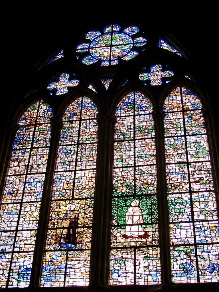 Beauvais-cathedrale-saint-plierre-vitraux-chapelle-saint-leonard