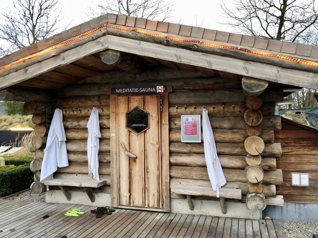 Belgique Roeselaere Thermen R cabane sauna meditatif