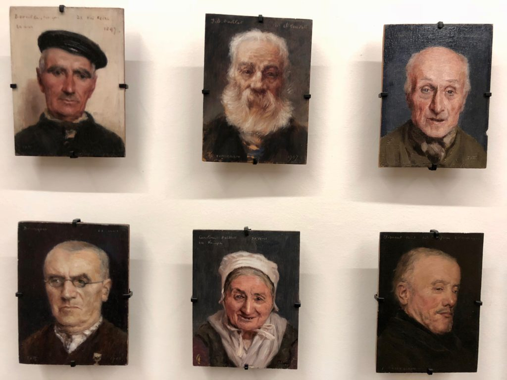 Berck-sur-mer-musee-opale-sud-galerie-portraits-tattegrain-pensionnaires-asile-maritime-detail