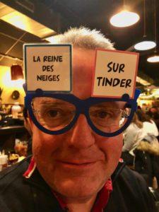 Lille-La-Luck-jeu-avec-lunettes