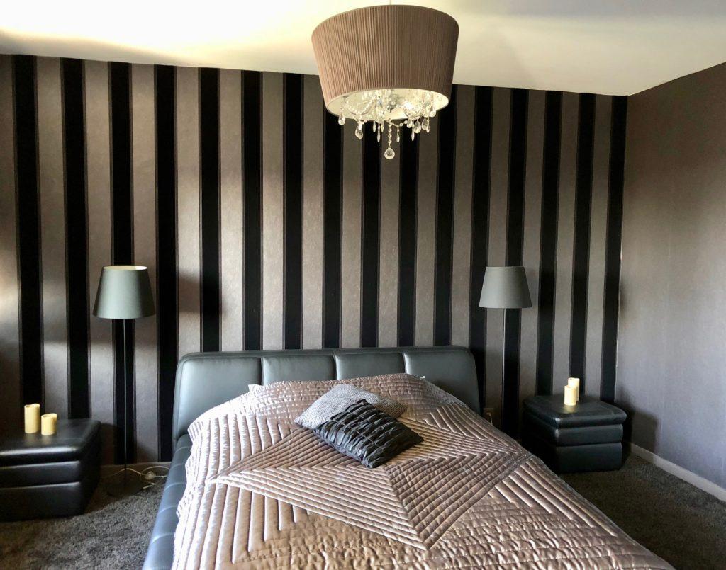 Chambre avec lit king size - Maison d'hôtes À un train d'ici Tournai Belgique
