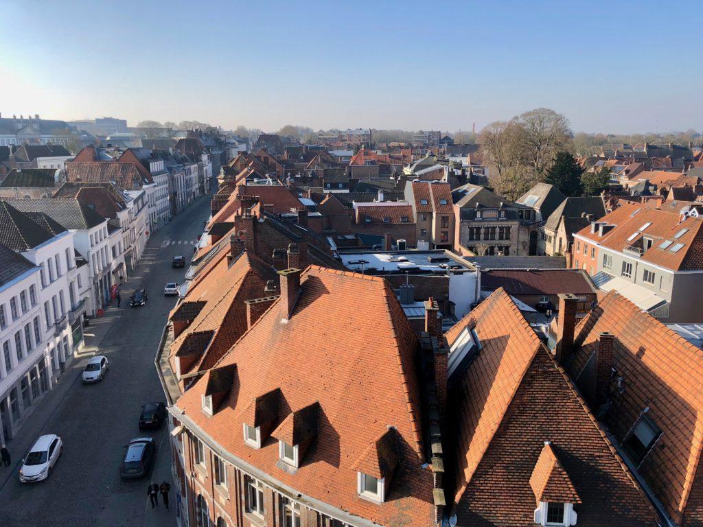 Toits du quartier historique de Tournai - vue du beffroi