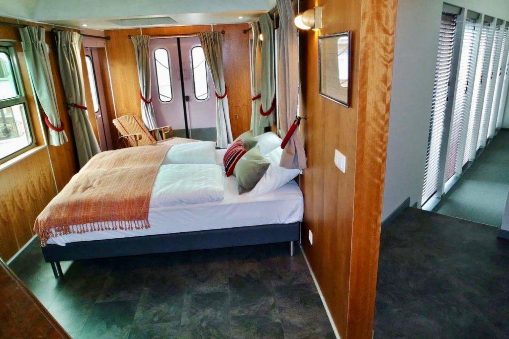 Suite Orient-Express avec couloir - Train Hostel Bruxelles Belgique