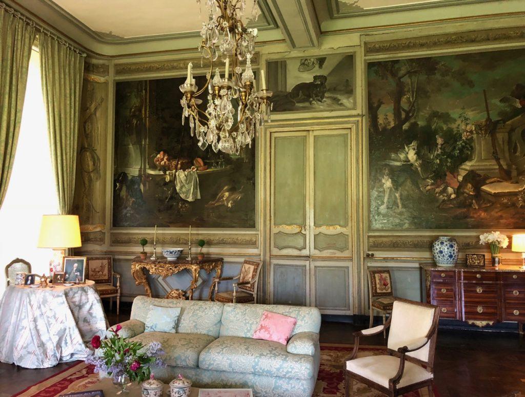 Château Condé-en-Brie - salon vert décoré par JB Oudry