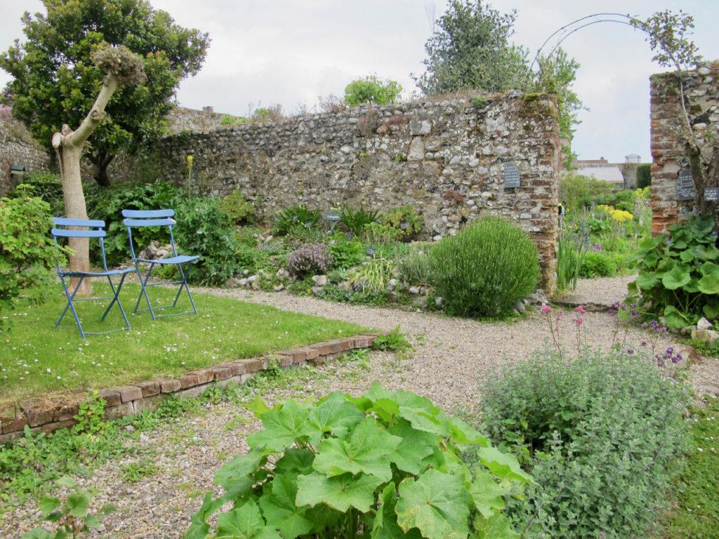 Deux chaises bleues - Herbarium Saint-Valery-sur-Somme