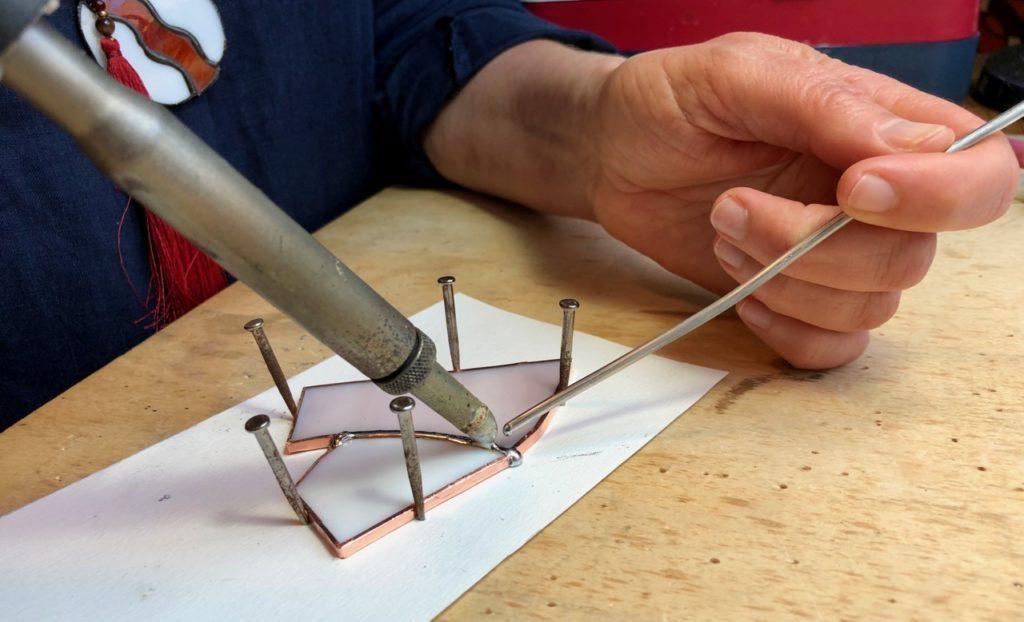Verronimo fabrication vitrail Tiffany assemblage baguette etain