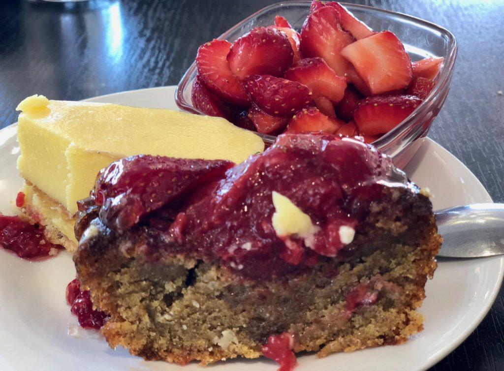 Dessert avec fraises - Sylvain Suty restaurant Dormans Marne