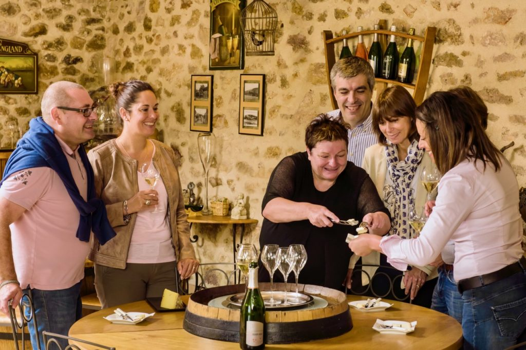 Atelier de dégustation de champagne à la Maison Fleury-Gille à Trélou-sur-Marne