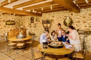 Cours autour du champagne à la Maison Fleury-Gille à Trélou-sur-Marne