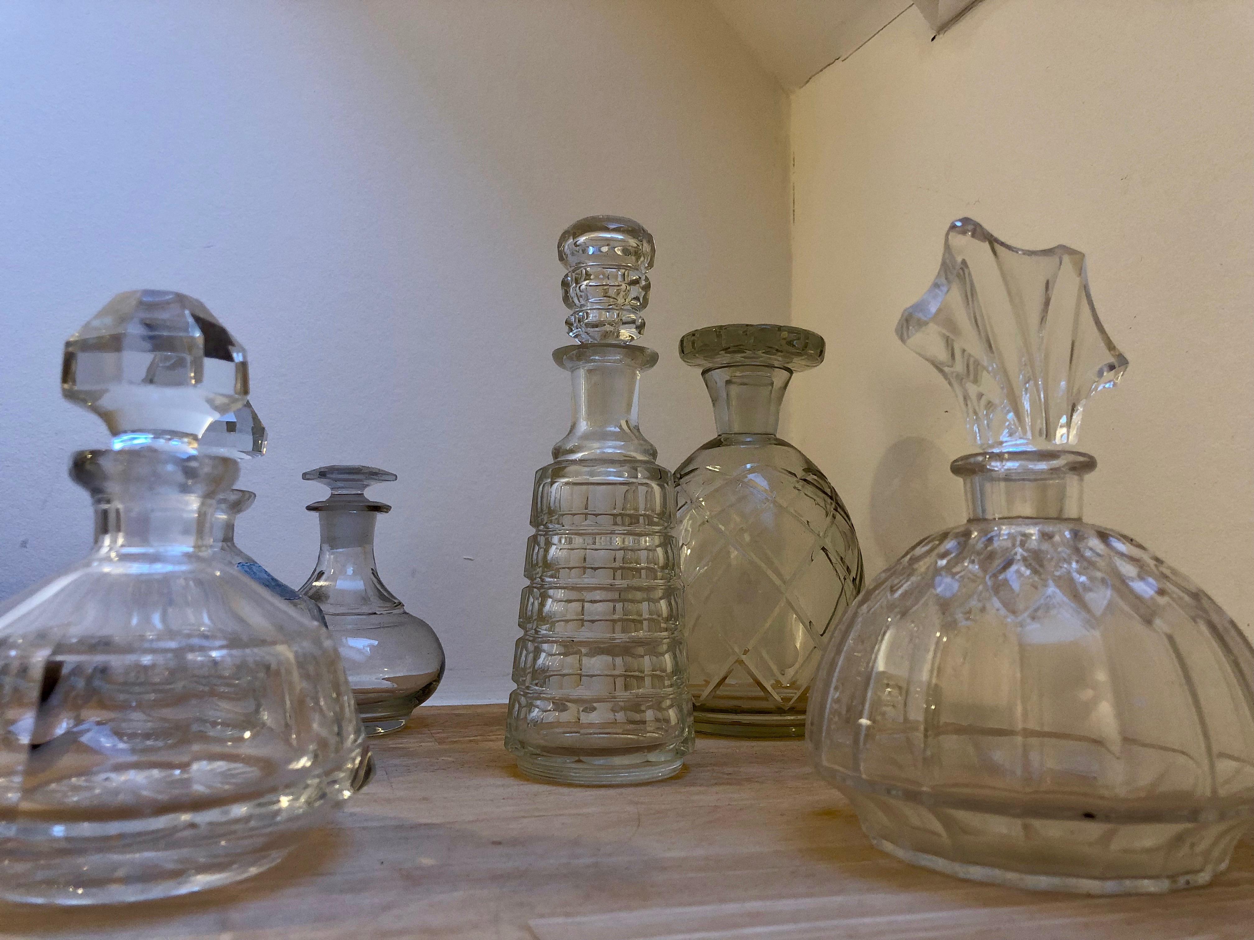 Maison Amodio B B Bruges Belgique Flacons Parfum Salle De Bains