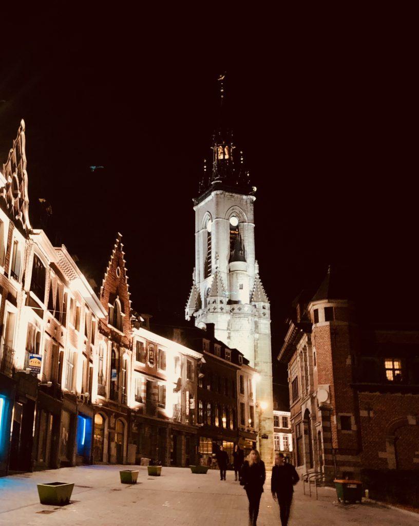 Beffroi de Tournai la nuit