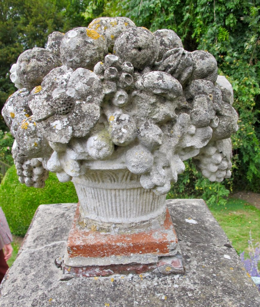 Sculpture jardin - Jardins Henri le Sidaner Gerberoy Oise