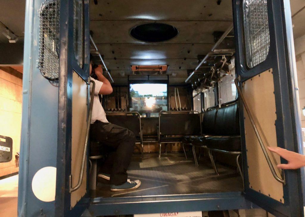 Pologne Gdansk ECS musee Solidarnosc interieur camionnette arrestations