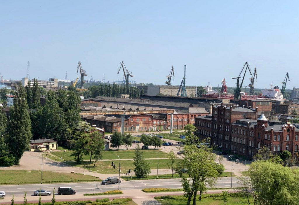 Pologne Gdansk ECS musee Solidarnosc panorama terrasse chantiers navals Gdansk