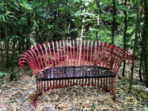 Jardin de Ly Sénarpont Somme - petit banc dans la bambouseraie