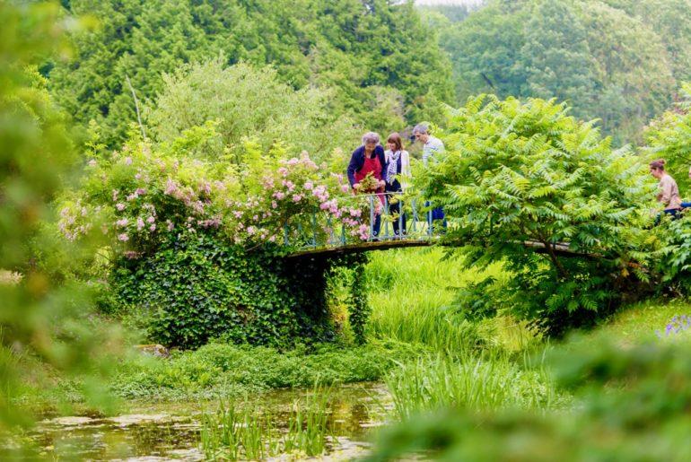 Jardins de Viels-Maisons pont sur eau