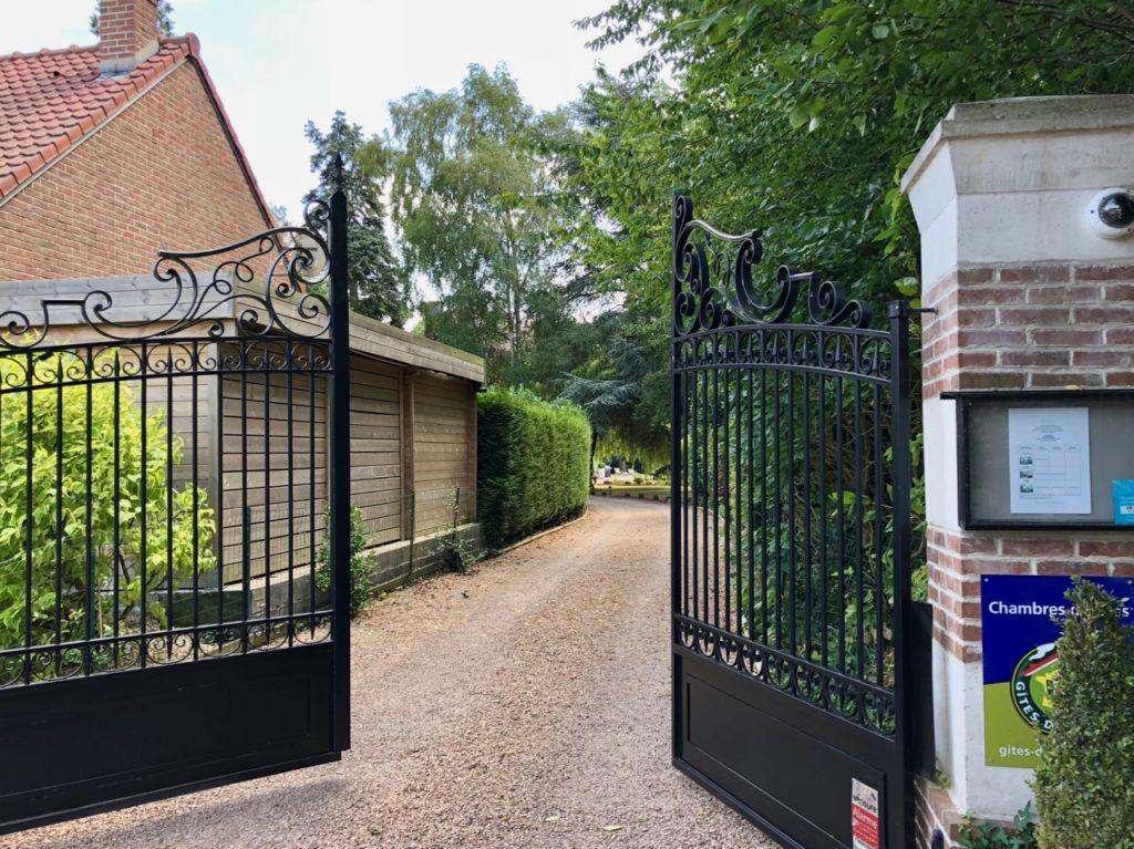 Le Chateau Fresnoy en Gohelle allée entrée