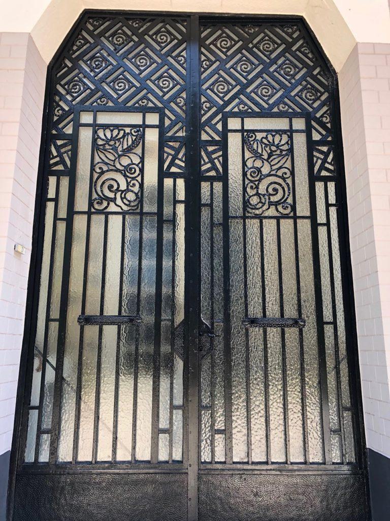 Le Chateau Fresnoy-en-Gohelle porte entrée Art Deco