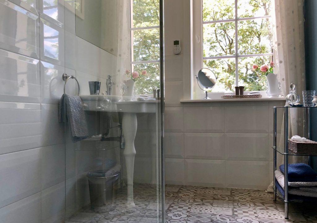 Le Chateau Fresnoy-en-Gohelle suite Privilege salle de bains