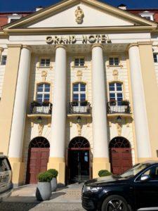 Pologne-Sopot-Grand-Hotel-facade