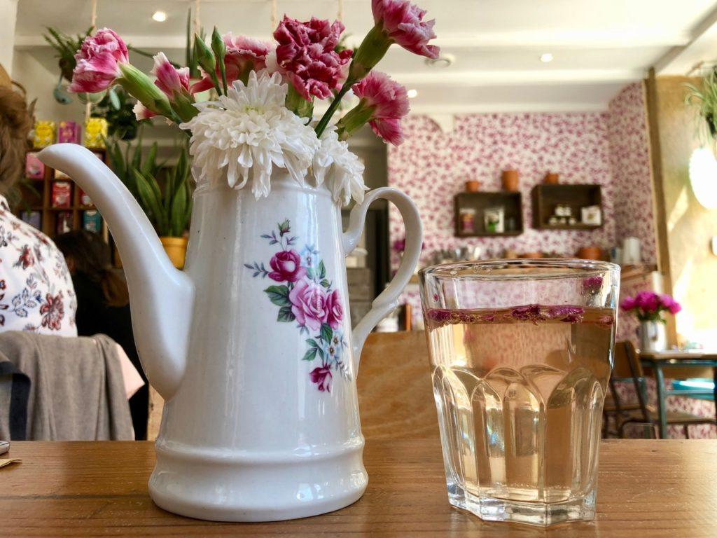 Slow & Green Cantine Lille Wazemmes - cruche-fleurs