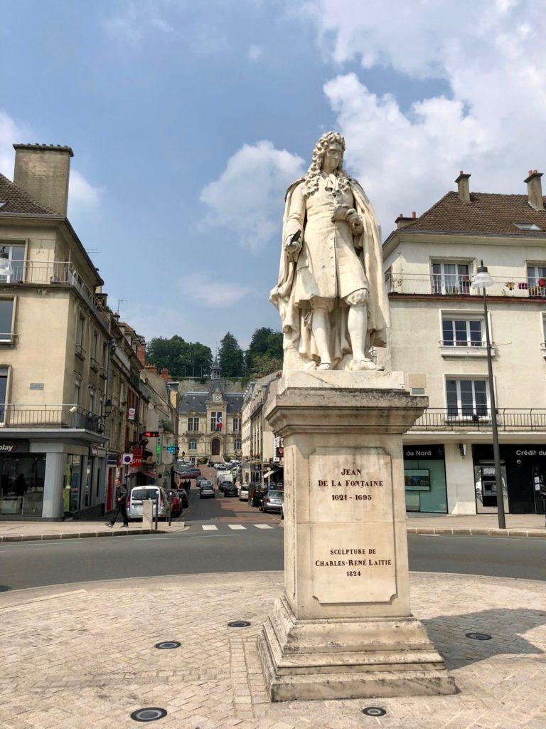 Chateau-Thierry-statue-Jean-de-La-Fontaine