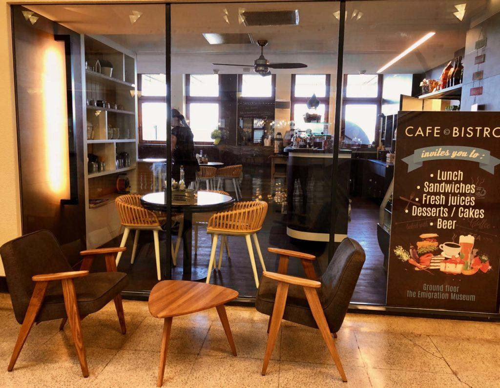 Gdynia Pologne musée émigration - café
