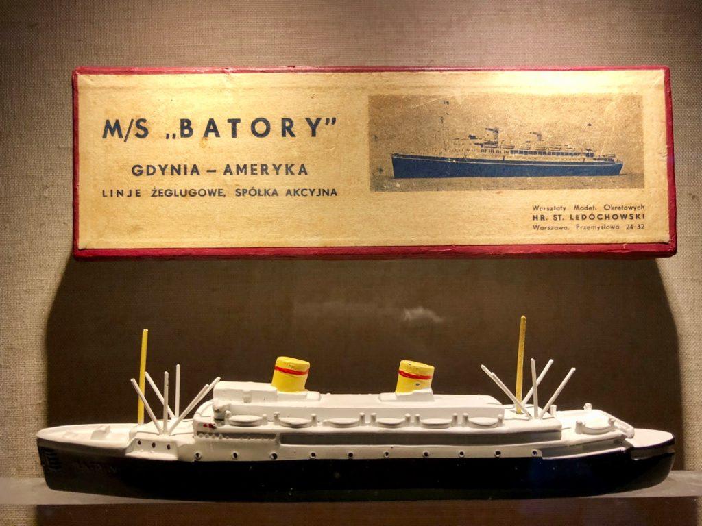 Gdynia Pologne musée émigration - maquette bateau