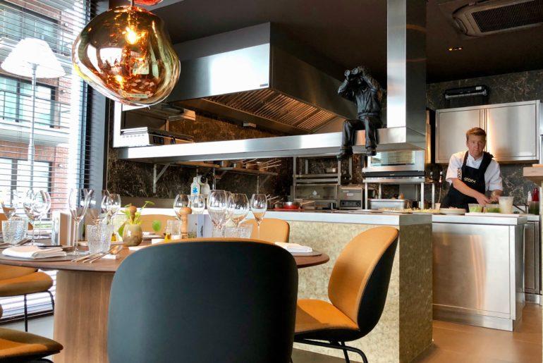 Ostende Restaurant Storm tables ostendaises