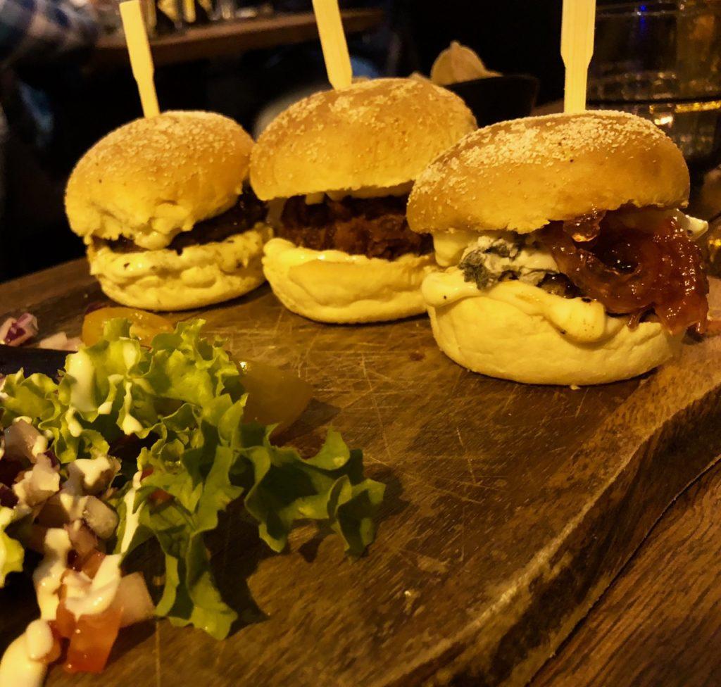 Ostende tables ostendaises La Vie mini burgers