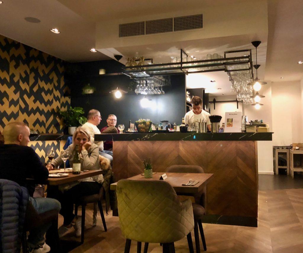 Ostende tables ostendaises La Vie salle