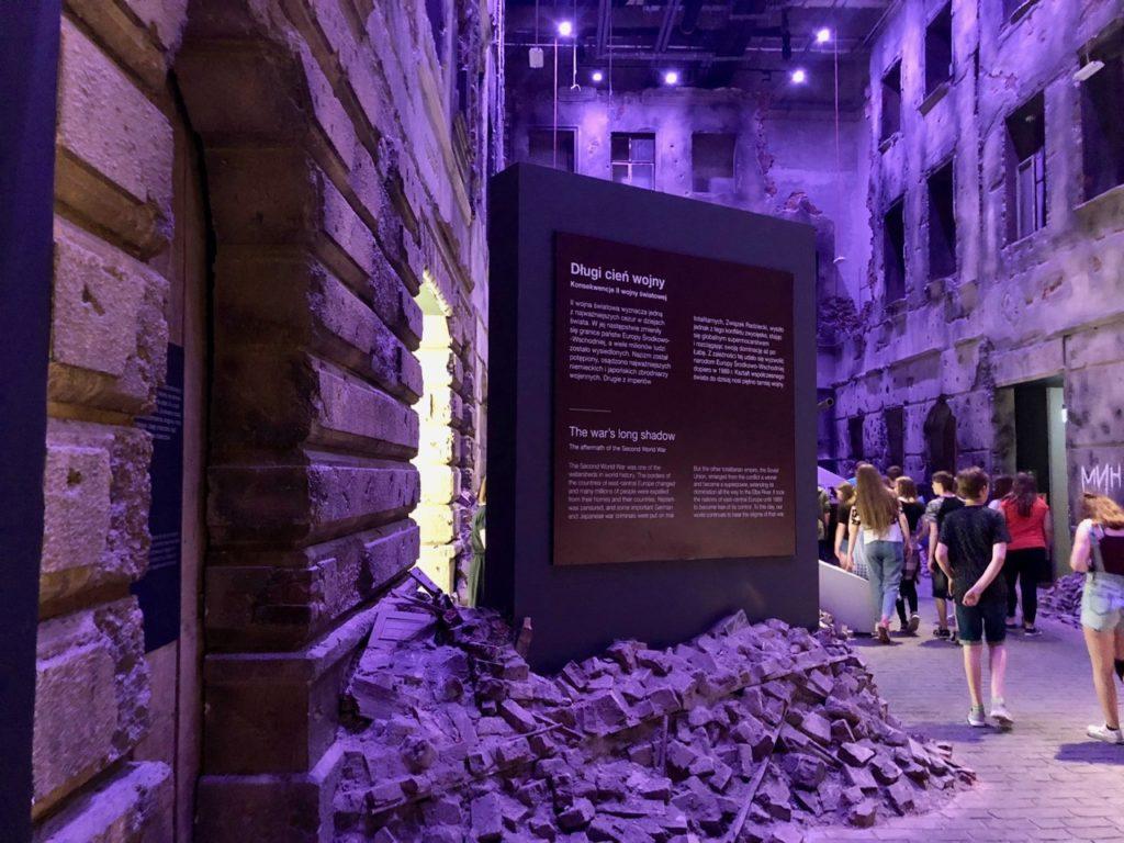 Pologne Gdansk nouveau musee Deuxieme Guerre mondiale decor rue