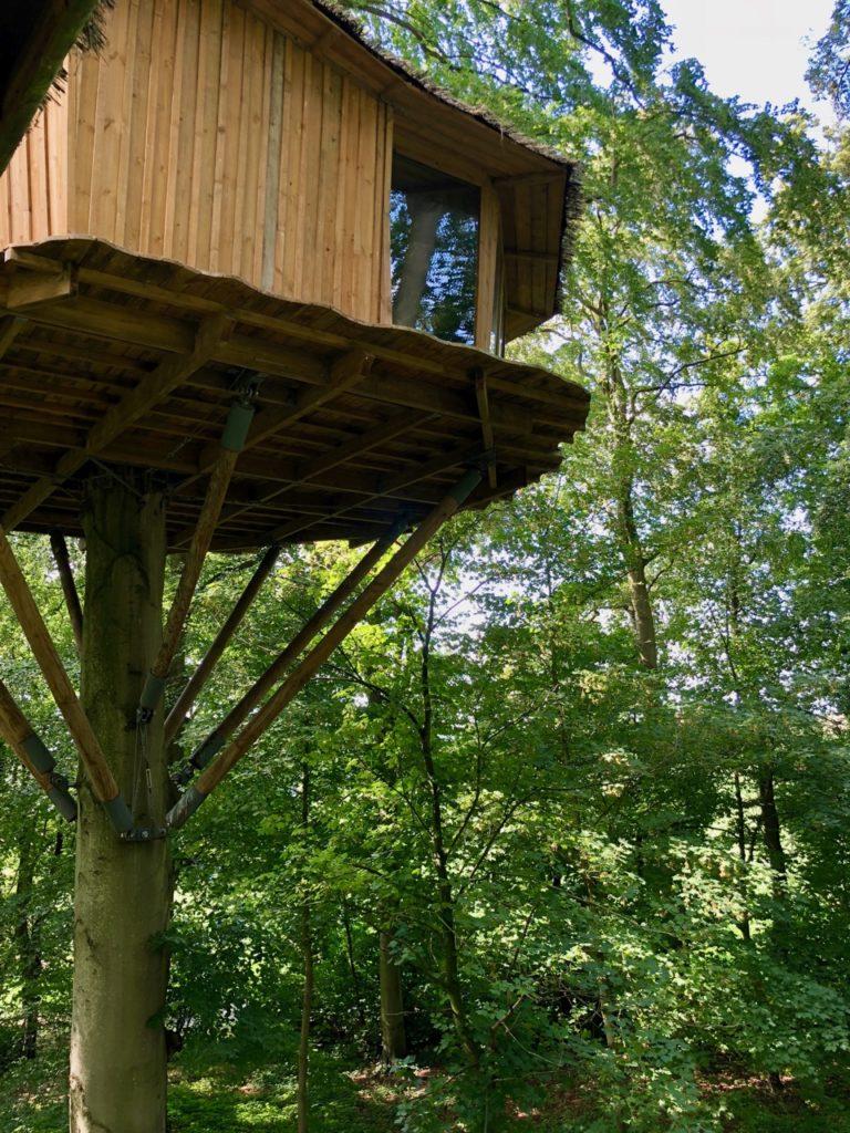 Port-le-Grand Chateau des Tilleuls - cabane Le Nid de la Chouette dans les arbres