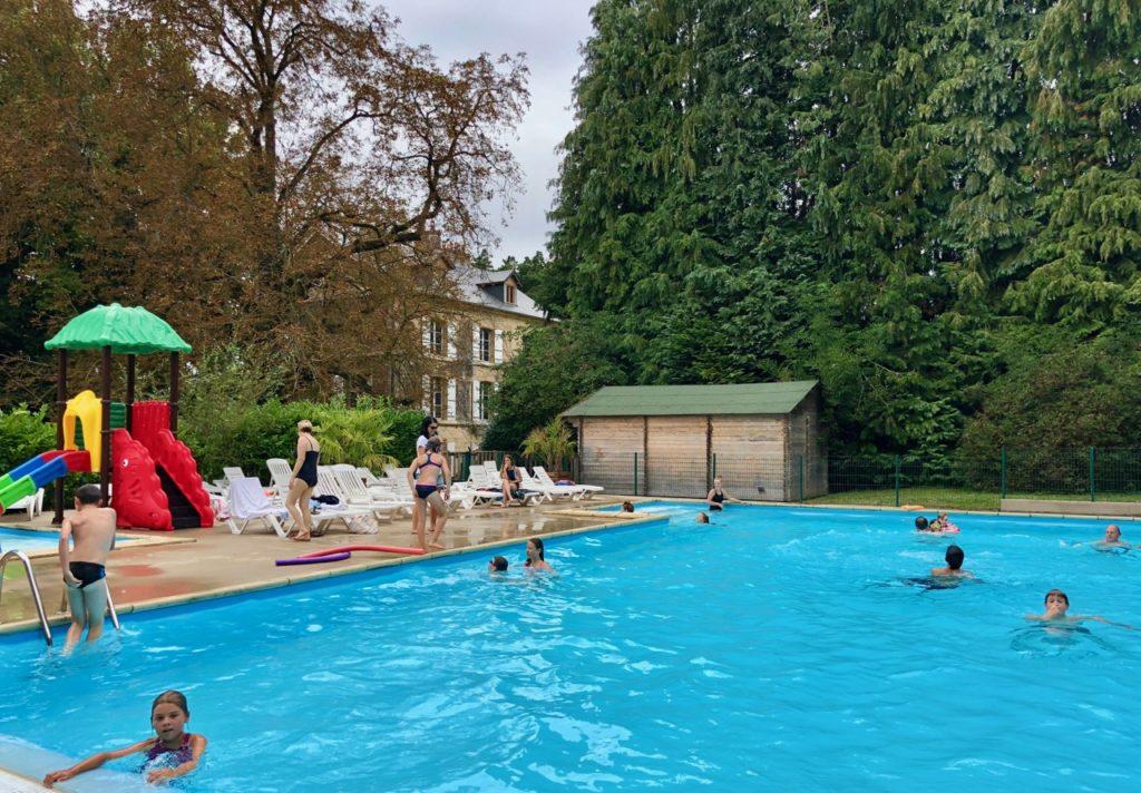 Port-le-Grand Chateau des Tilleuls - piscine
