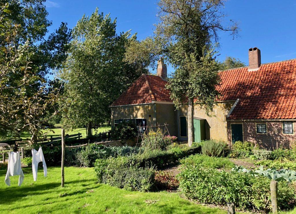 Pays-Bas Enkhuizen - Zuiderzeemuseum maison jardin