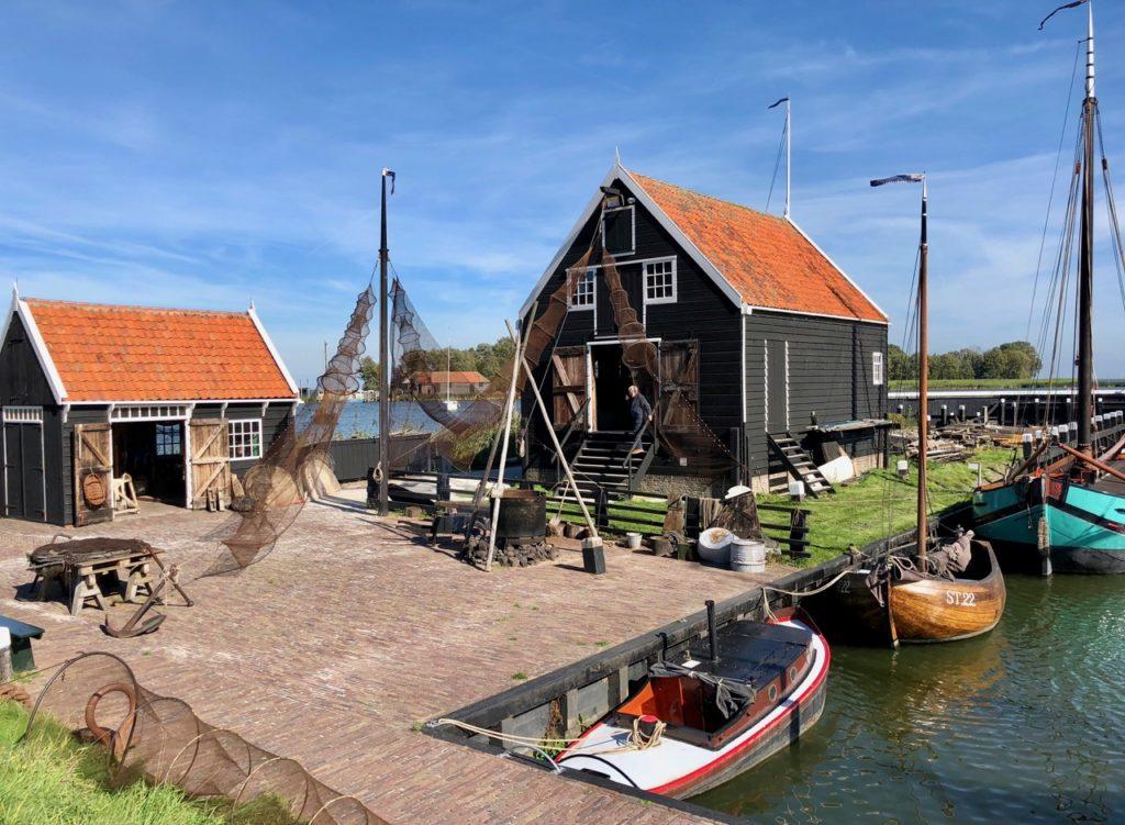 Pays-Bas Enkhuizen - Zuiderzeemuseum scène pêche