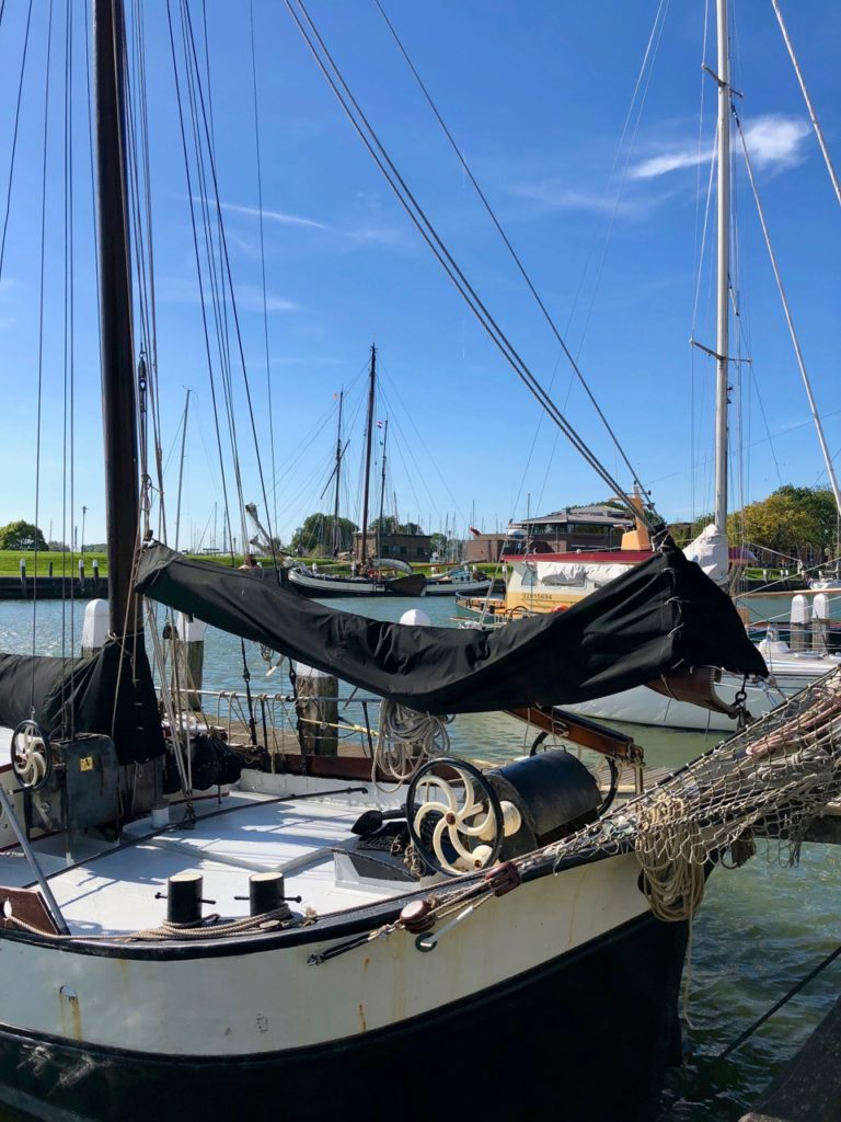 Pays-Bas Enkhuizen - bateau tradionnel