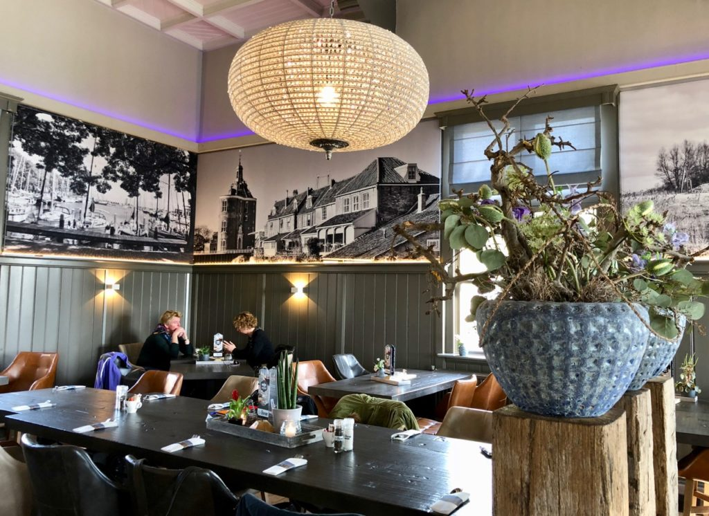Pays-Bas Enkhuizen - restaurant Het-Station intérieur