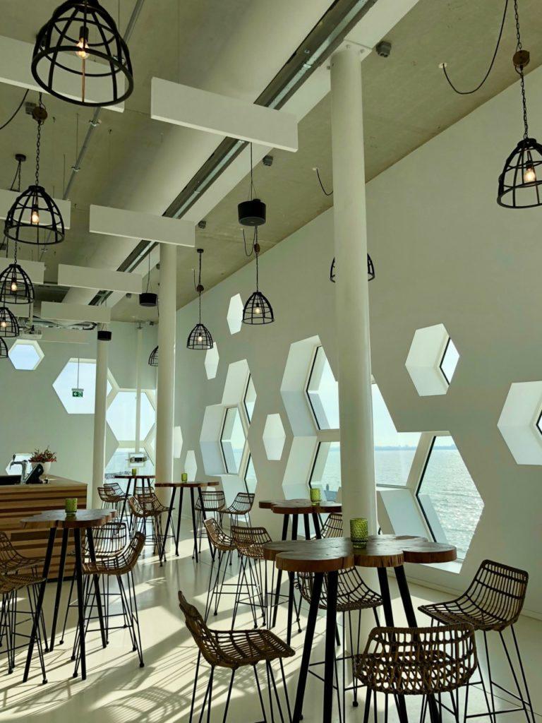 Pays-Bas digue du Nord - afsluitdijkwaddencenter cafe