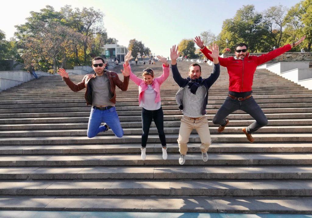 Ukraine-Odessa-escalier-Potemkine-saut