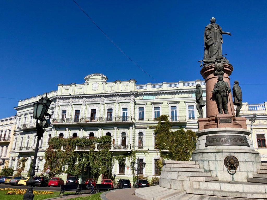 Ukraine-Odessa-place-statue-Catherine-deux