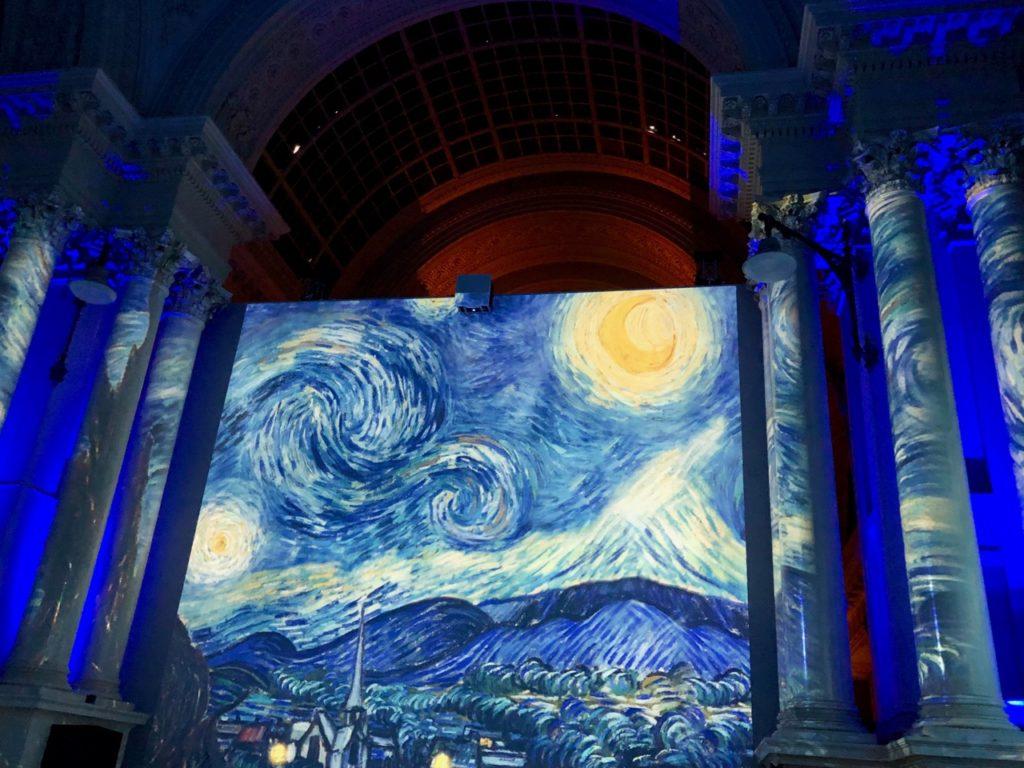 Bruxelles Plaisirs d'hiver spectacle Van Gogh bleu