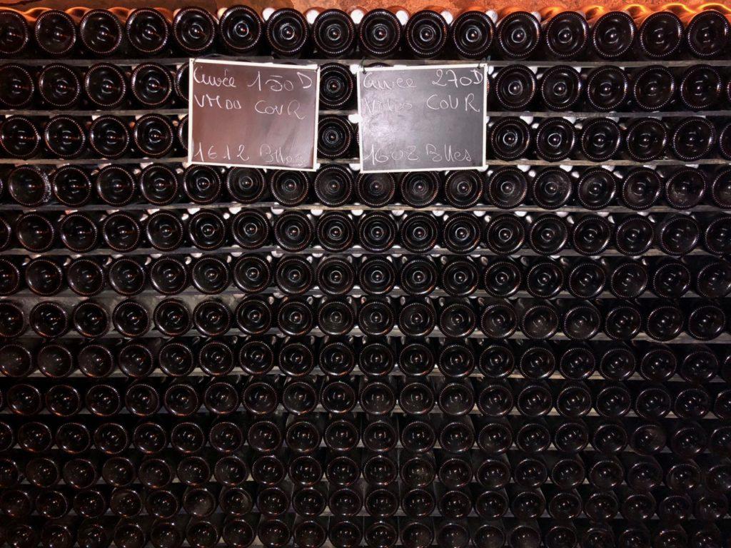 Caves Pannier Aisne bouteilles dans le noir