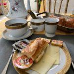 Chateau de la Marjolaine petit dejeuner