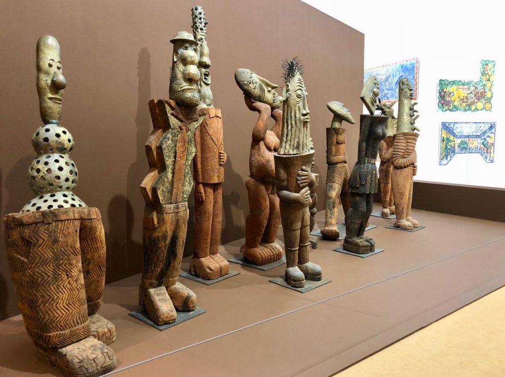 La Piscine Roubaix Di Rosa Foumban vue ensemble sculptures