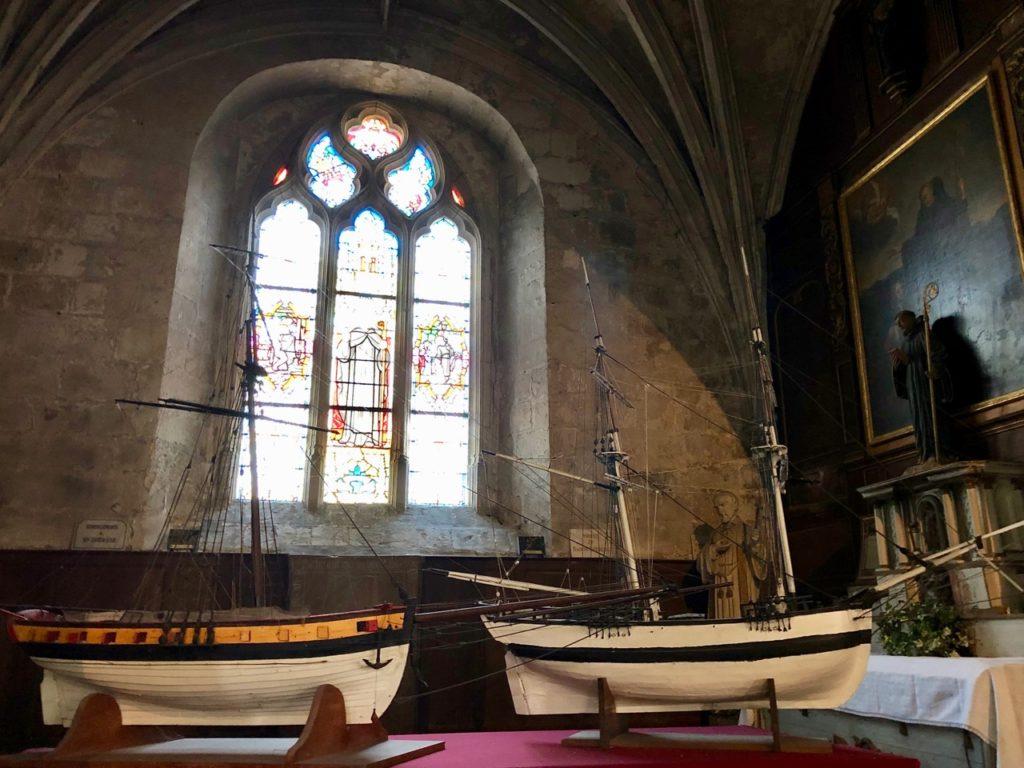 Balade Saint-Valery-sur-Somme église Saint-Martin intérieur bateaux