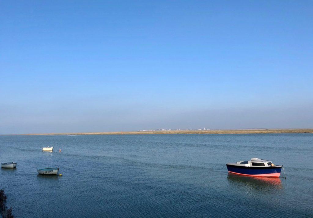 Balade Saint-Valery-sur-Somme petit bateau rouge